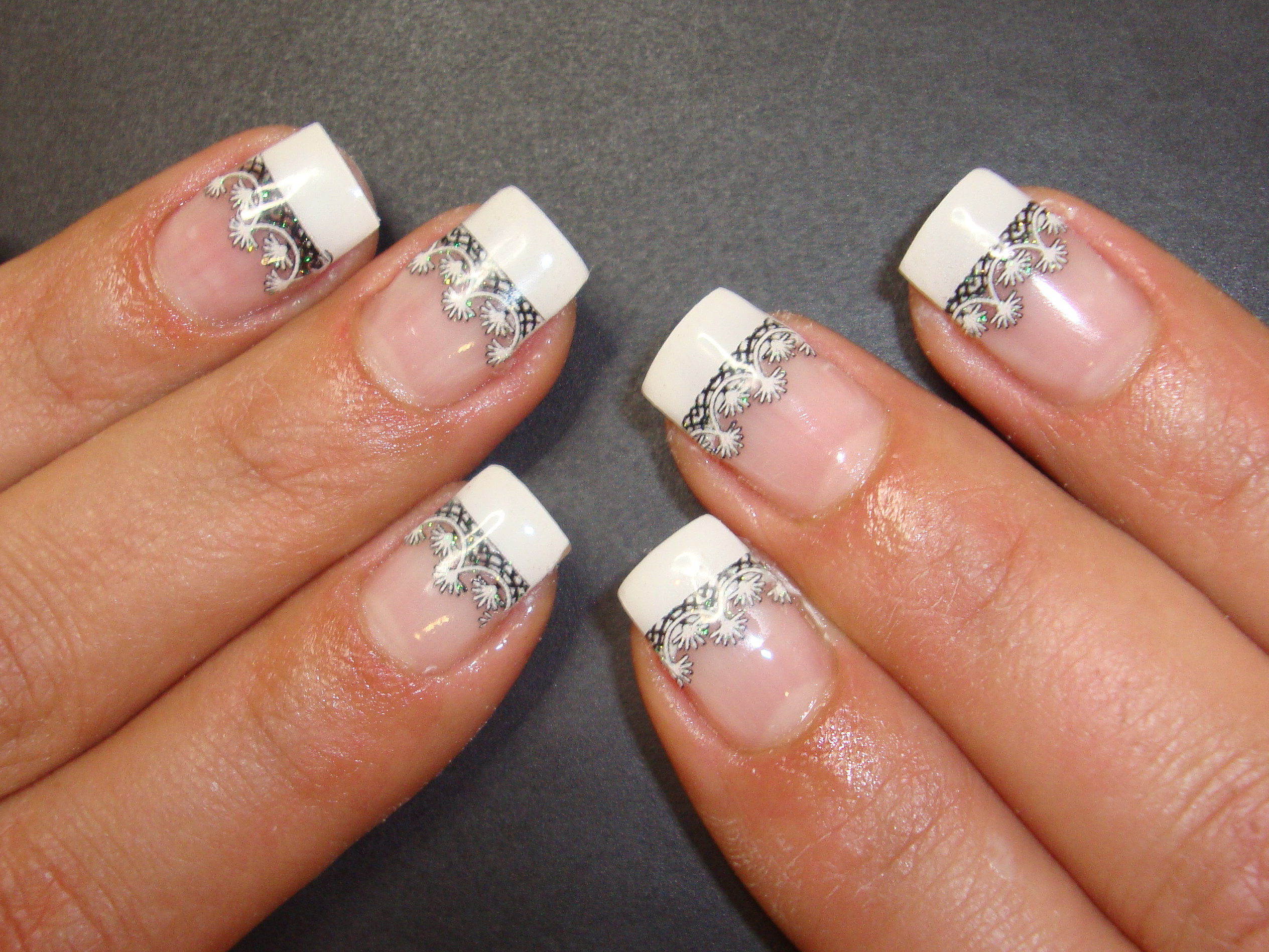 Oval Nails With Designs
